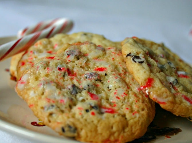 Peppermint Crunch Chocolate Chip Cookies | Life, Love, and Good Food