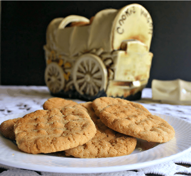 Old-Fashioned Peanut Butter Cookies | Life, Love, and Good Food