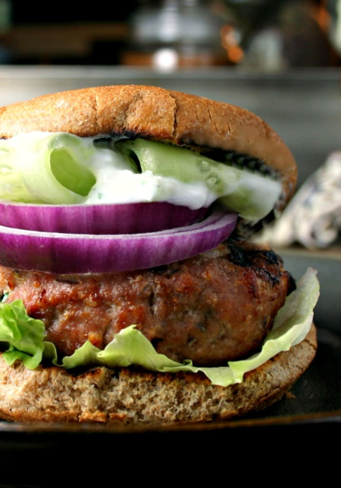 Greek Turkey Burgers| www.lifeloveandgoodfood.com