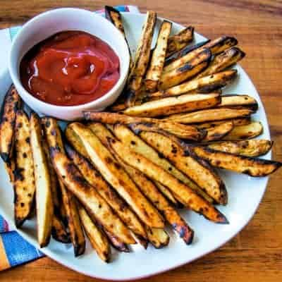 Grilled French Fries with Spicy Ketchup