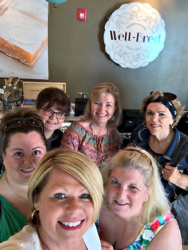 Food blogger selfie! Meet Strawberry Sue, Big Bear's Wife, The Old Hen, me, Ann Thacker, and Simply Southern Baking!