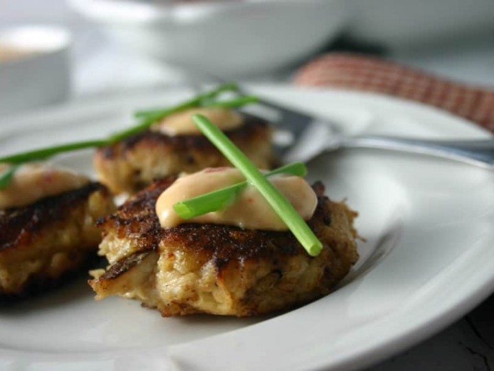 Baltimore Crab Cake Appetizers Russian Dressing