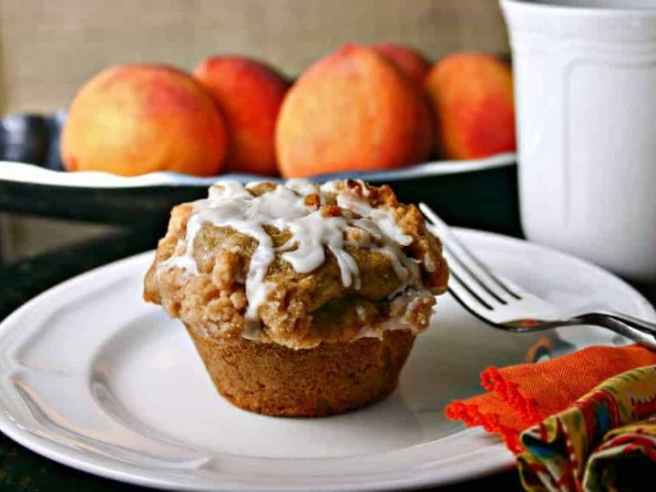 Peach Streusel Muffin | Life, Love, and Good Food