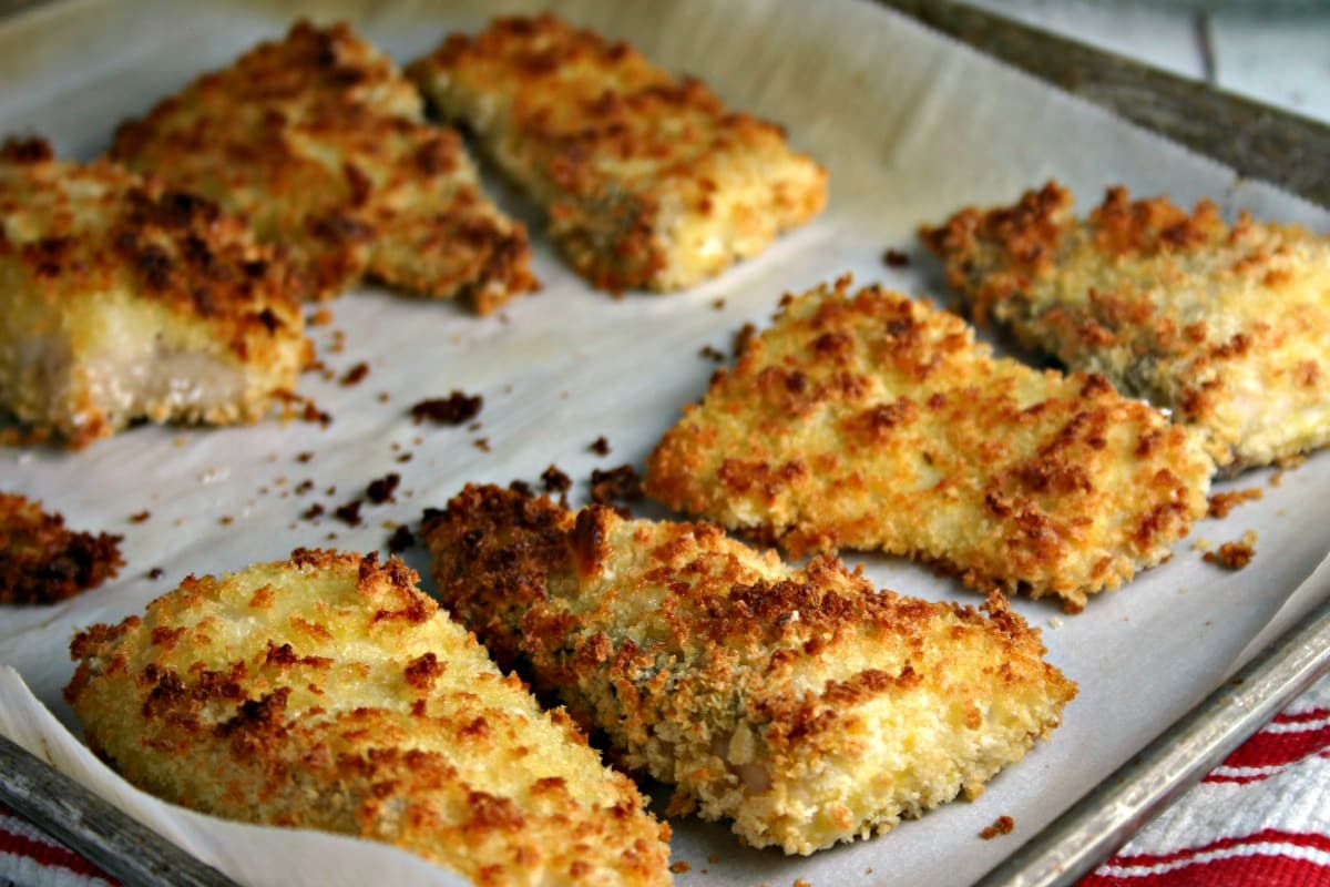 Crispy oven fried fish filets life love and good food for Fried fish with bread crumbs