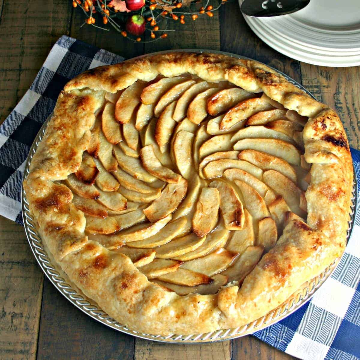 Rustic Apple Pie Rustic Apple Pie new pics