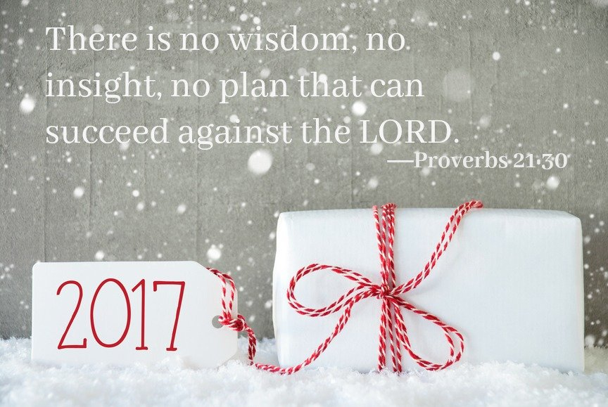 stockfresh_7586812_gift-cement-background-with-snowflakes-text-2017_sizes