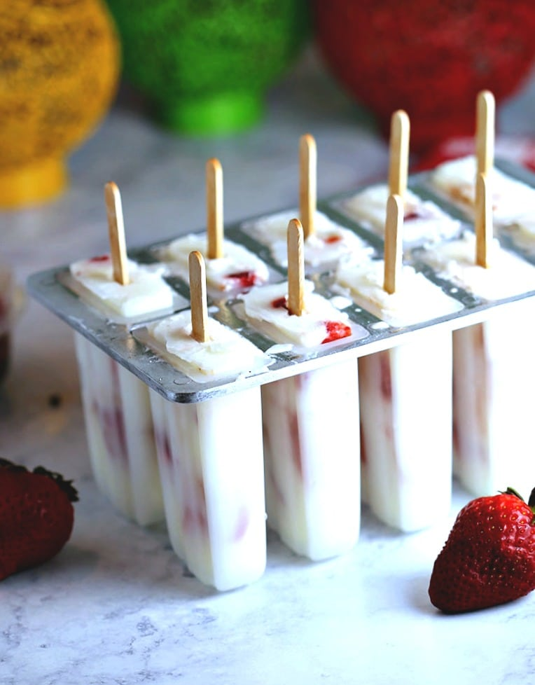 Low-Fat Strawberry Vanilla Yogurt Pops | Life, Love, and Good Food
