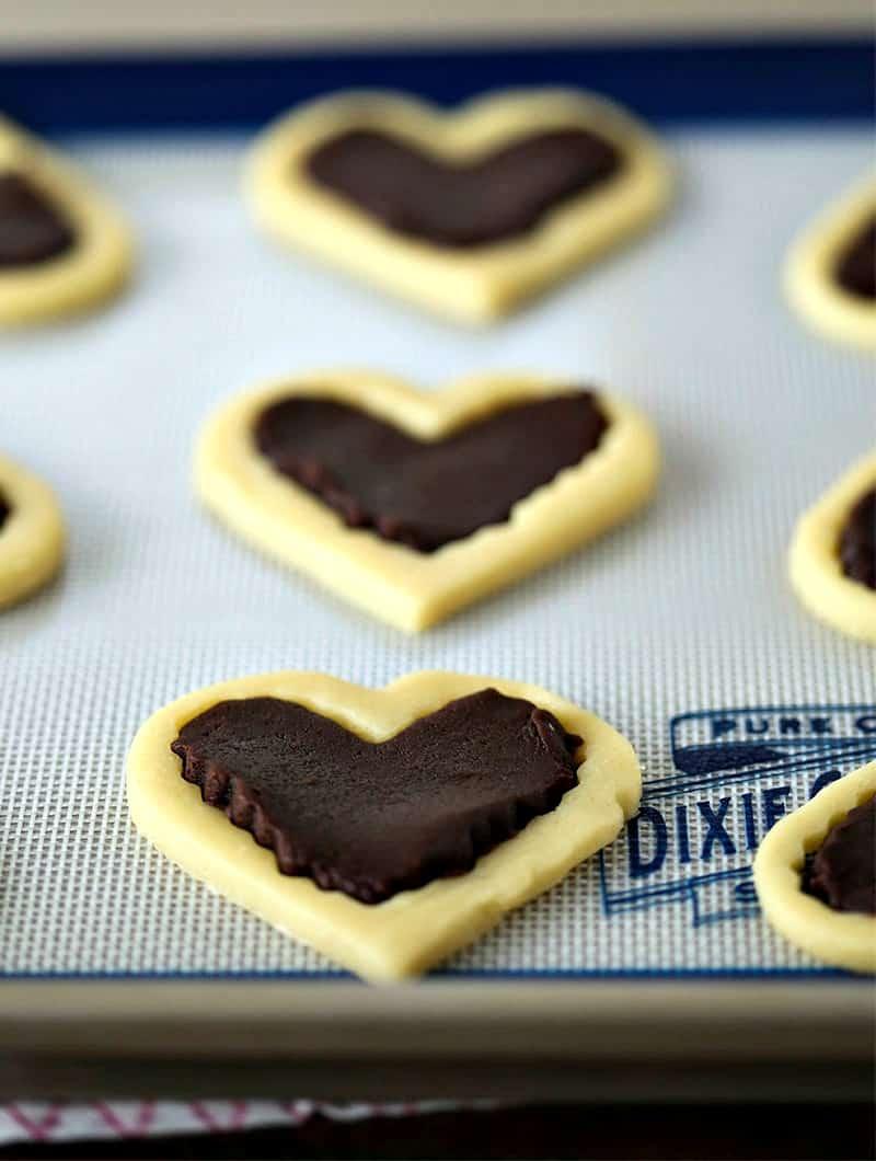 Sweetheart Cookies unbaked cookies on slipmat
