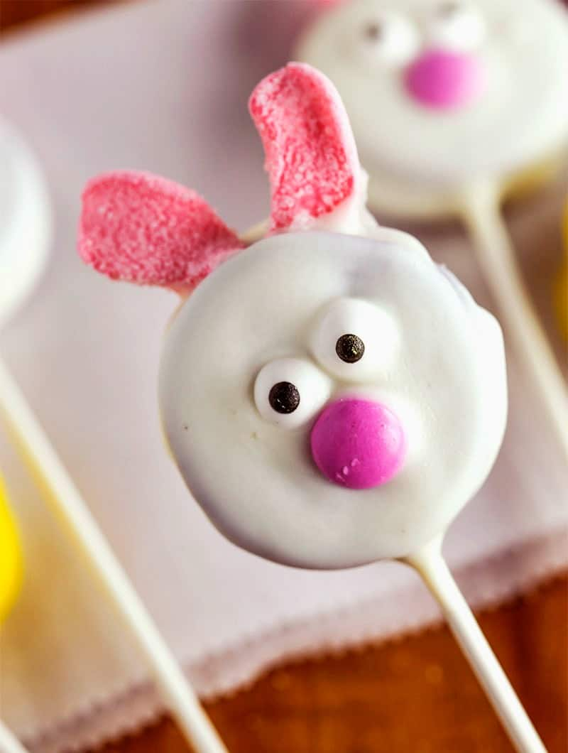 Chocolate covered oreo on a stick decorated like a bunny