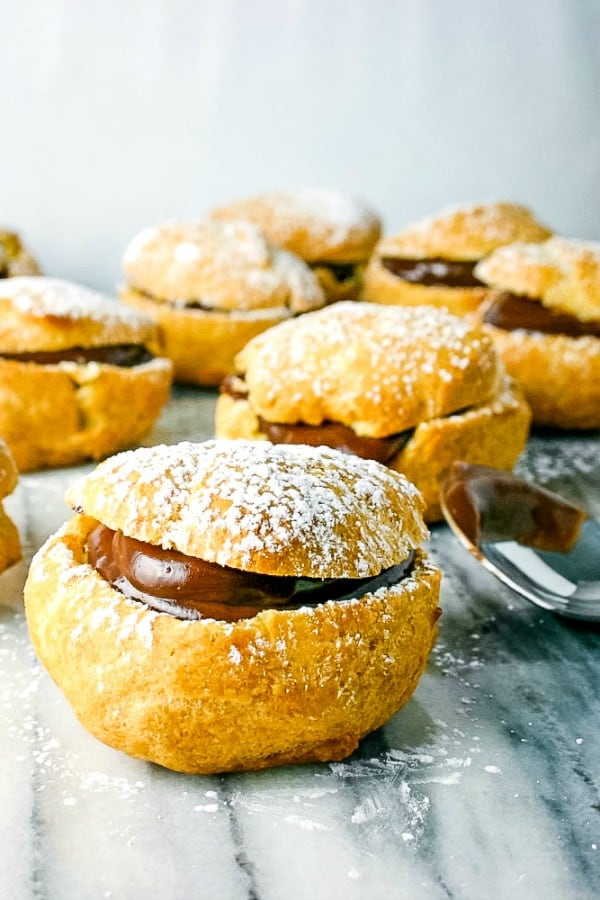 Cream Puffs with Chocolate Filling