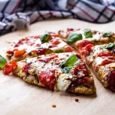 Mini Caprese Pizzas {Gluten Free}