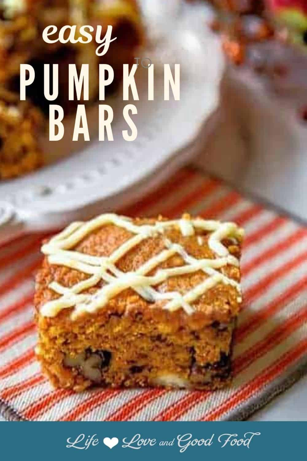 These EASY Pumpkin Bars with white chocolate drizzle are moist and delicious with just the right amount of spice from cinnamon, ginger, nutmeg, and cloves. #easydessert #pumpkin