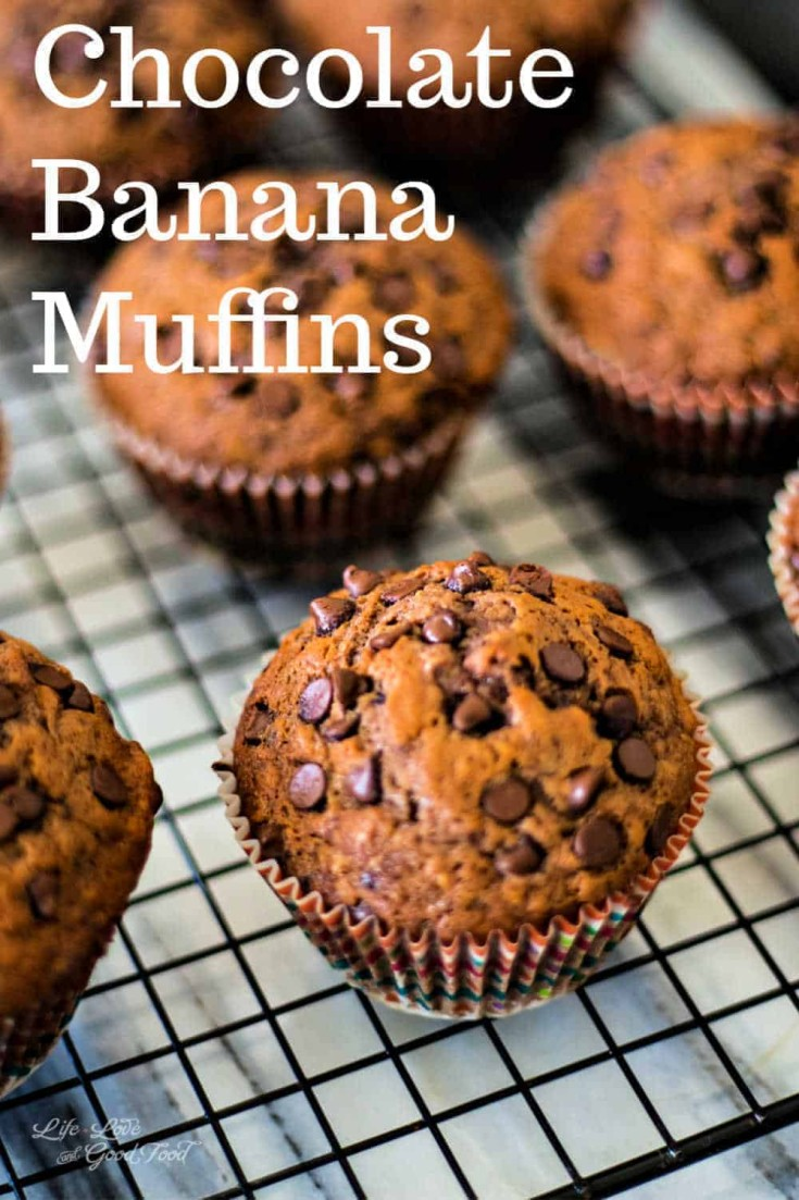 These Chocolate Banana Muffins are so moist you'll think you're eating a cupcake! #muffins #bananamuffin #chocolate