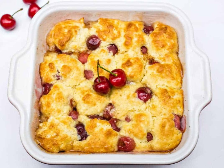 peach cherry cobbler