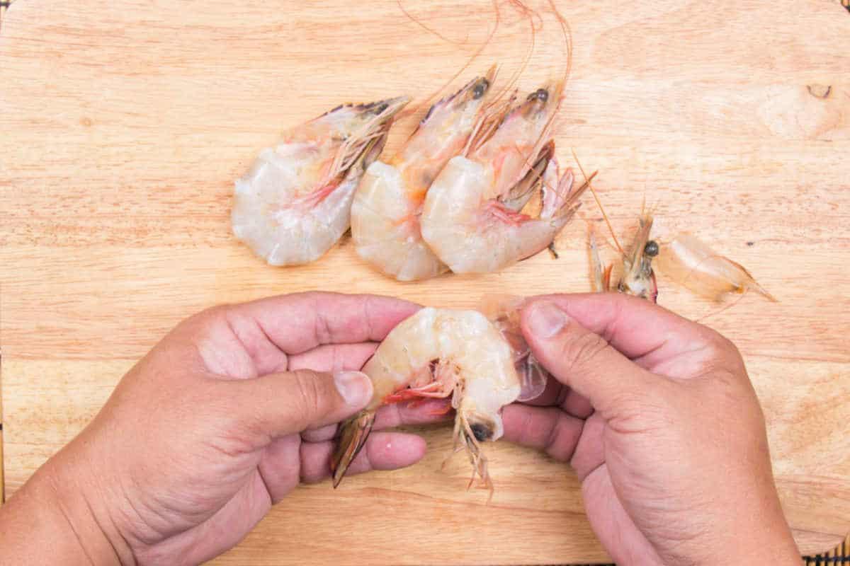 peeling fresh shrimp