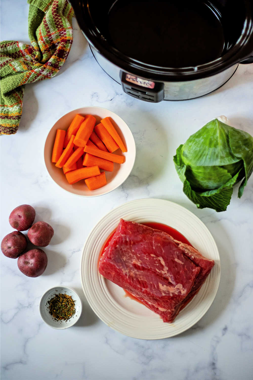 ingredients for slow cooker corned beef and cabbage